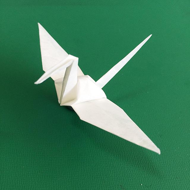すべての折り紙 折り紙協会 : めでたい正月には、折り紙で鶴 ...